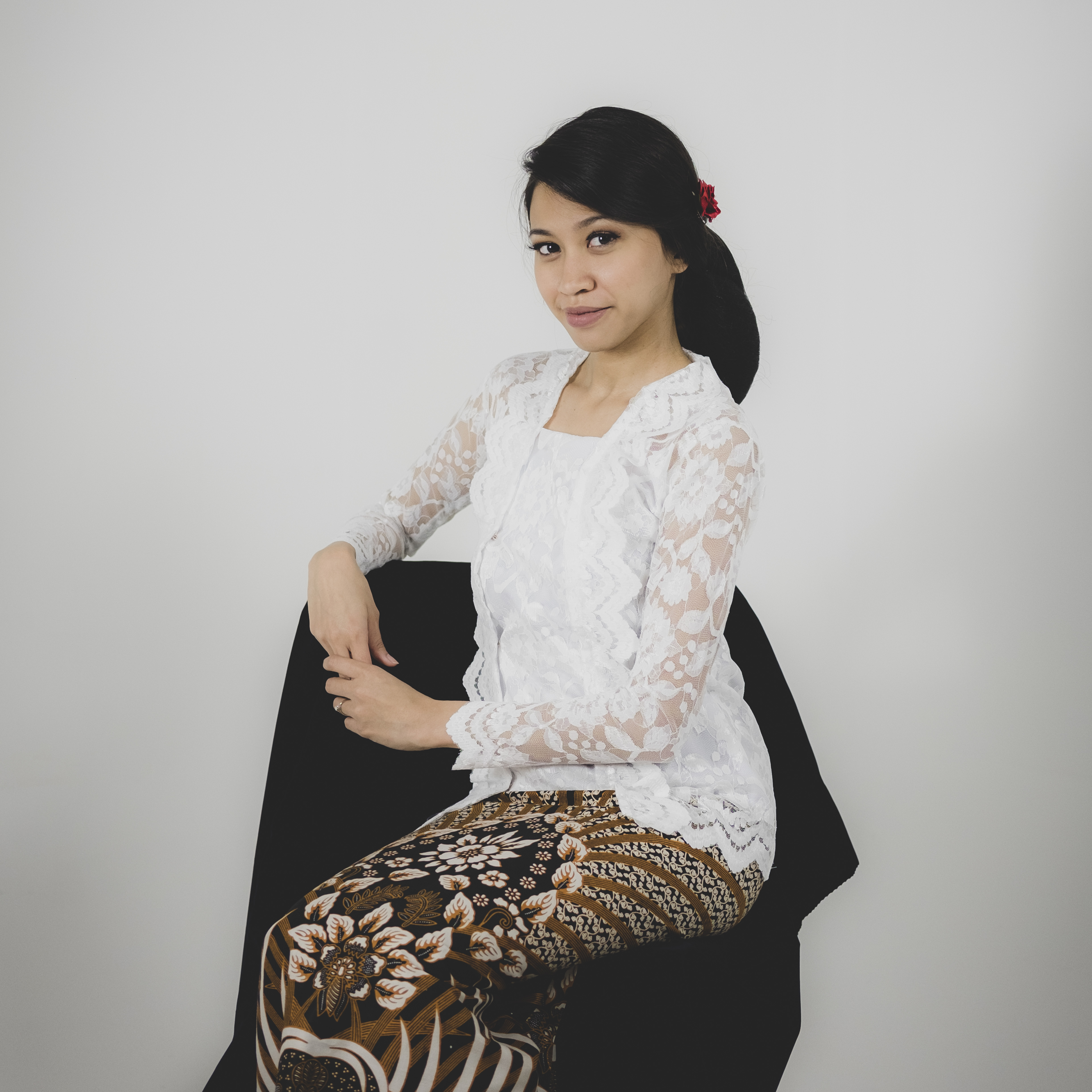 Nadiah, a graduate from TaF.tc's Diploma in Apparel Design and Product Development and founder of ELNADYAH